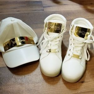 NWOT Bebe white/gold sport shoes